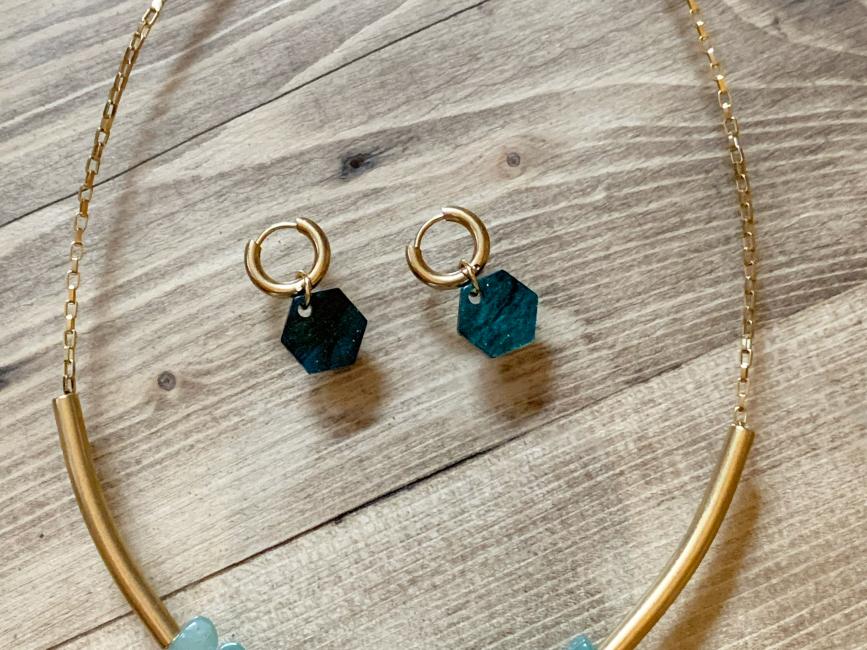 Minimalist handmade jewelry chocker earrings green set